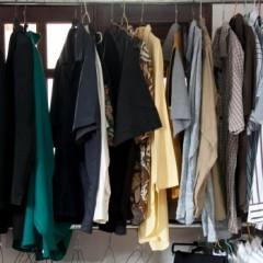 Lignée de vêtements suspendus